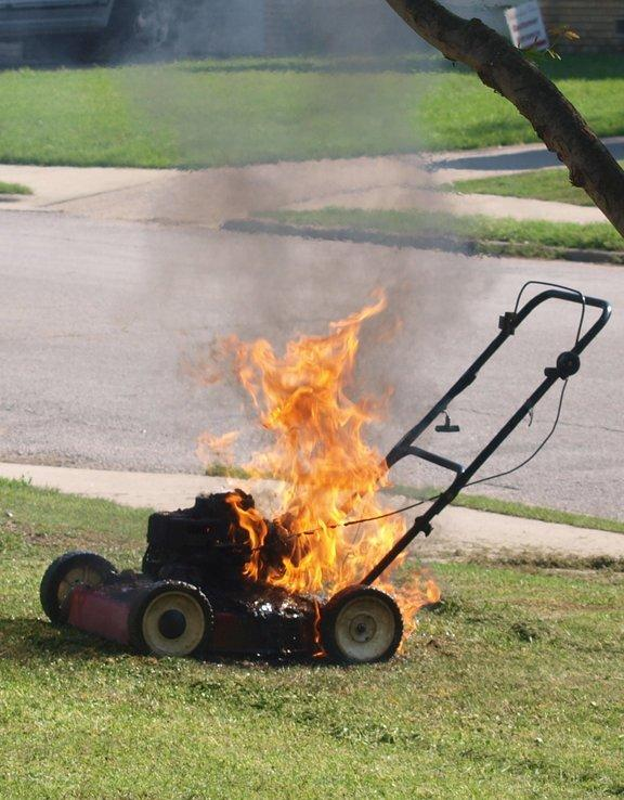 10-lawn-mower-safety-tips-3