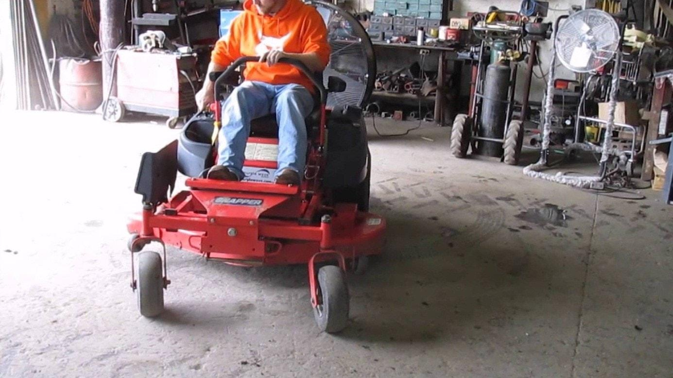 riding-lawn-mower-safety-tips-4