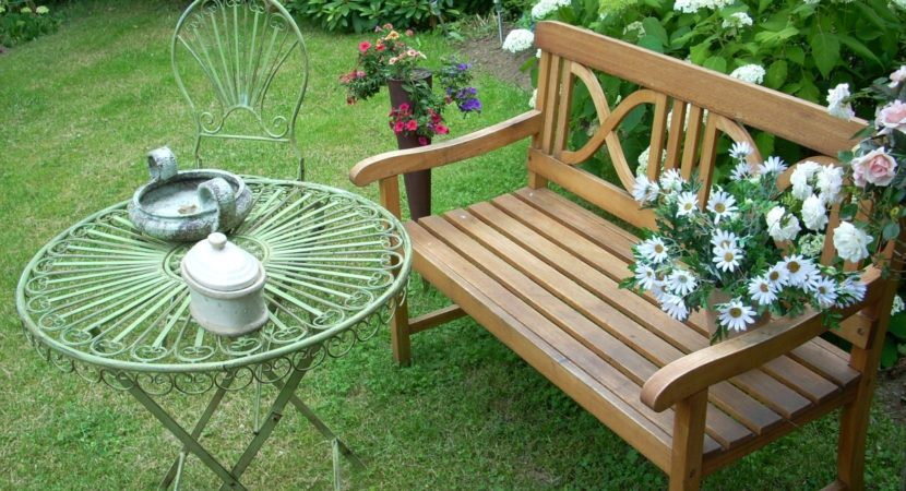 Awe Inspiring Top 3 Best Garden Benches That Your Garden Needs For Summer Short Links Chair Design For Home Short Linksinfo